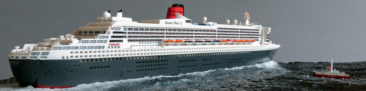 Queen Mary 2 Klein Modelldockde